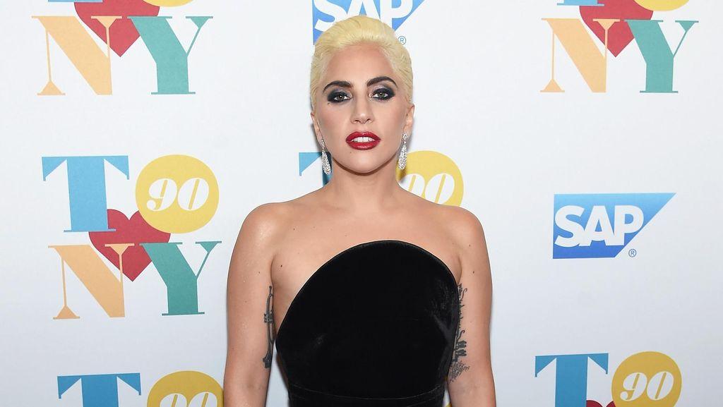 Lady Gaga Akan Berperan Sebagai Donatella Versace di Serial Kriminal
