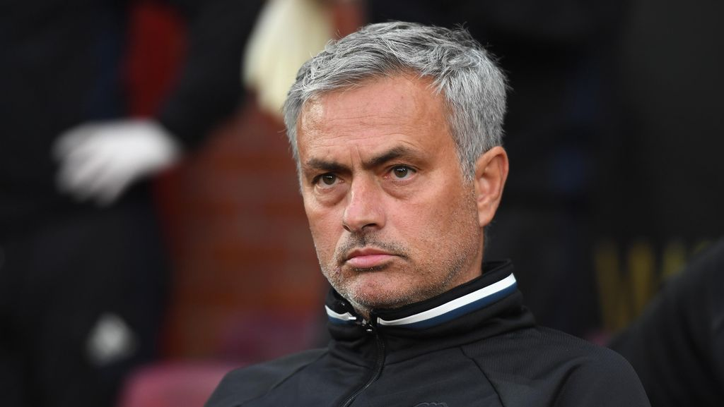 Dianggap Mem-bully Schweinsteiger, Mourinho Disebut Bisa Dihukum Penjara