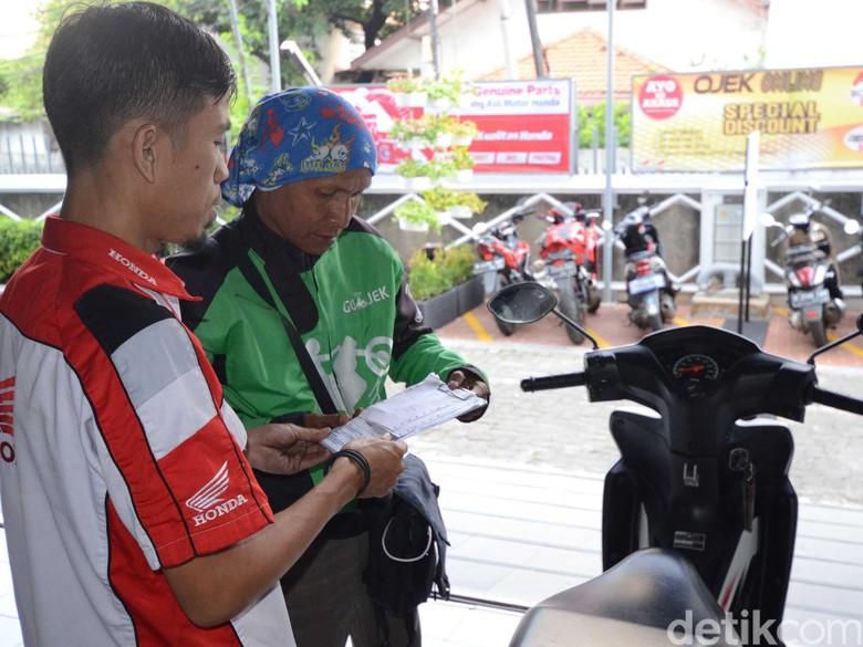 Honda Beri Diskon Servis Pengemudi Ojek Online