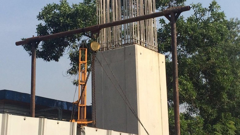 Kemenhub Minta Stasiun LRT Adhi Karya di Tengah Sawah Dipindah