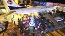 Pesawat Batavia Air Ini Disulap Menjadi Restoran Mewah