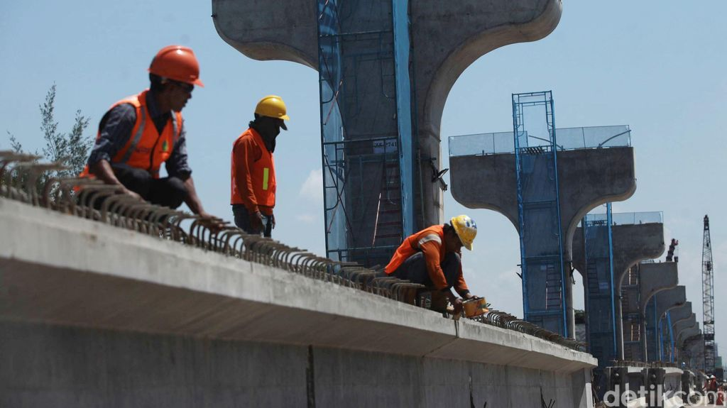 Bangun Infrastruktur Rp 4.900 T, Jokowi: Swasta Diprioritaskan
