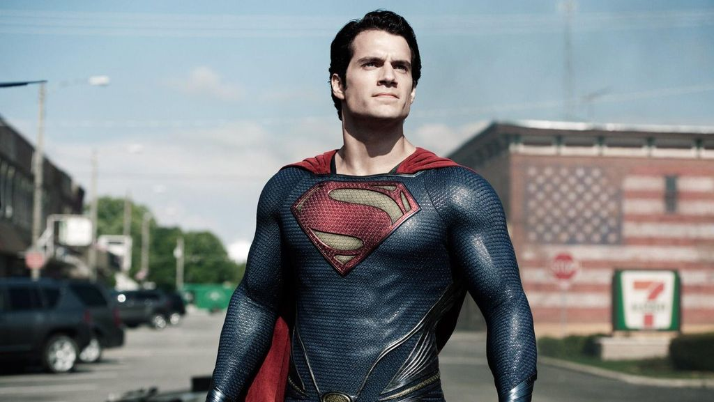Henry Cavill Dikontrak Perankan Superman Satu Film Lagi