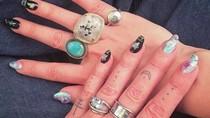 Tarot Nails, Menghias Kuku Secara Mistis Sesuai dengan Kartu Tarot