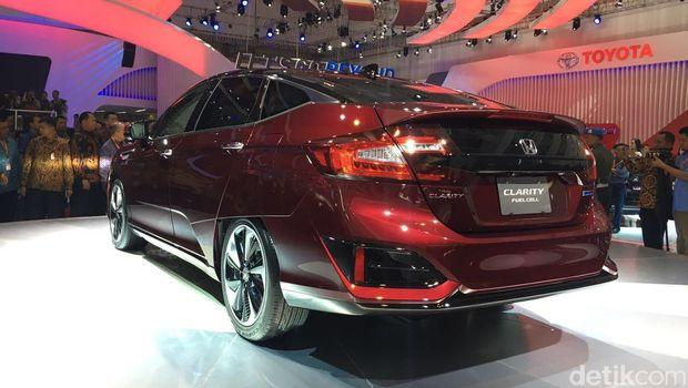 Mobil hidrogen Honda FCV