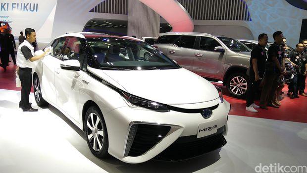 Mobil hidrogen Mirai