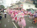 Karnaval KAA, Jalan Asia Afrika Bandung Besok Ditutup