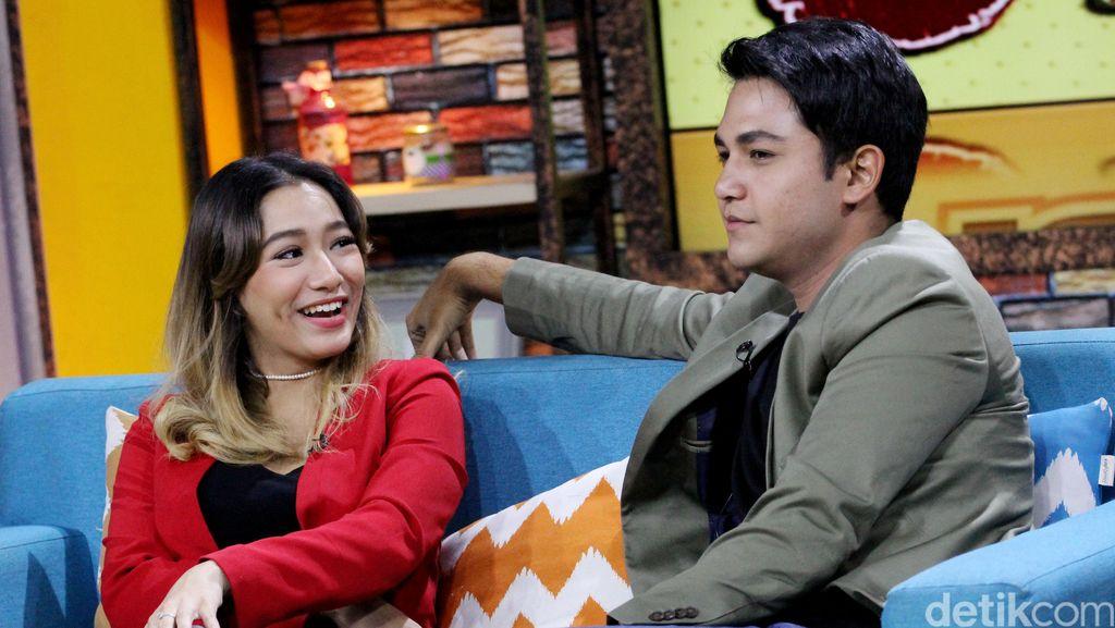 Sudah Lamaran, Adzana Bing Slamet dan Rizky Alatas Nikah Tahun 2018