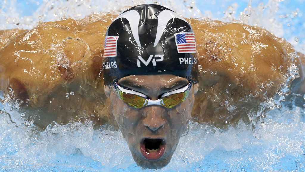 Michael Phelps Vs Hiu Putih, Siapa Lebih Cepat?