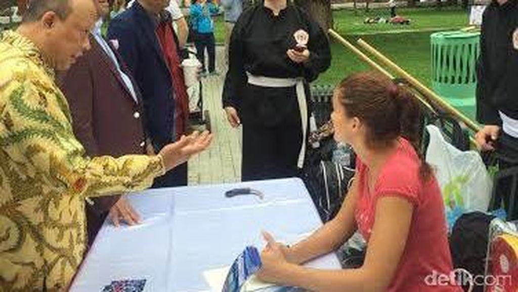 Rachmat Gobel Kunjungi Festival Indonesia Pertama di Rusia