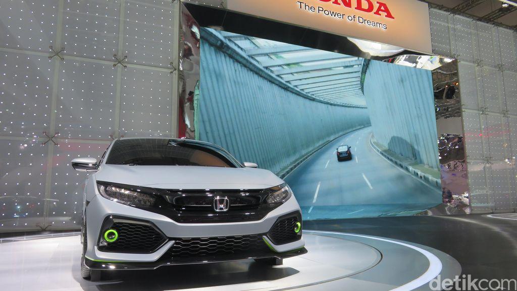 Honda Civic Hatchback Turbo Cukup Menggoda Saat Lebaran 2017