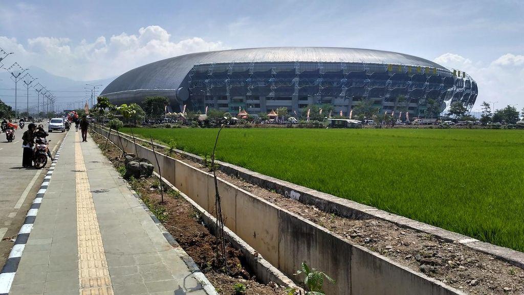 Pemprov Jabar Targetkan Perbaikan Rumput di Stadion GBLA Rampung 60 Hari