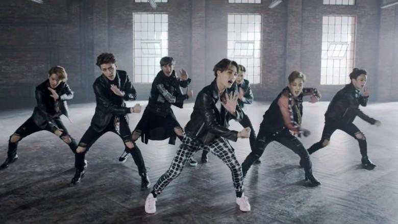 Daebak! Album The War EXO Terjual Lebih dari 1,5 Juta Kopi