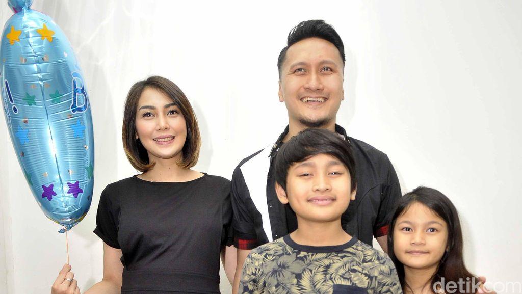 Tips Berlibur Bersama Anak-anak Ala Fenita Arie