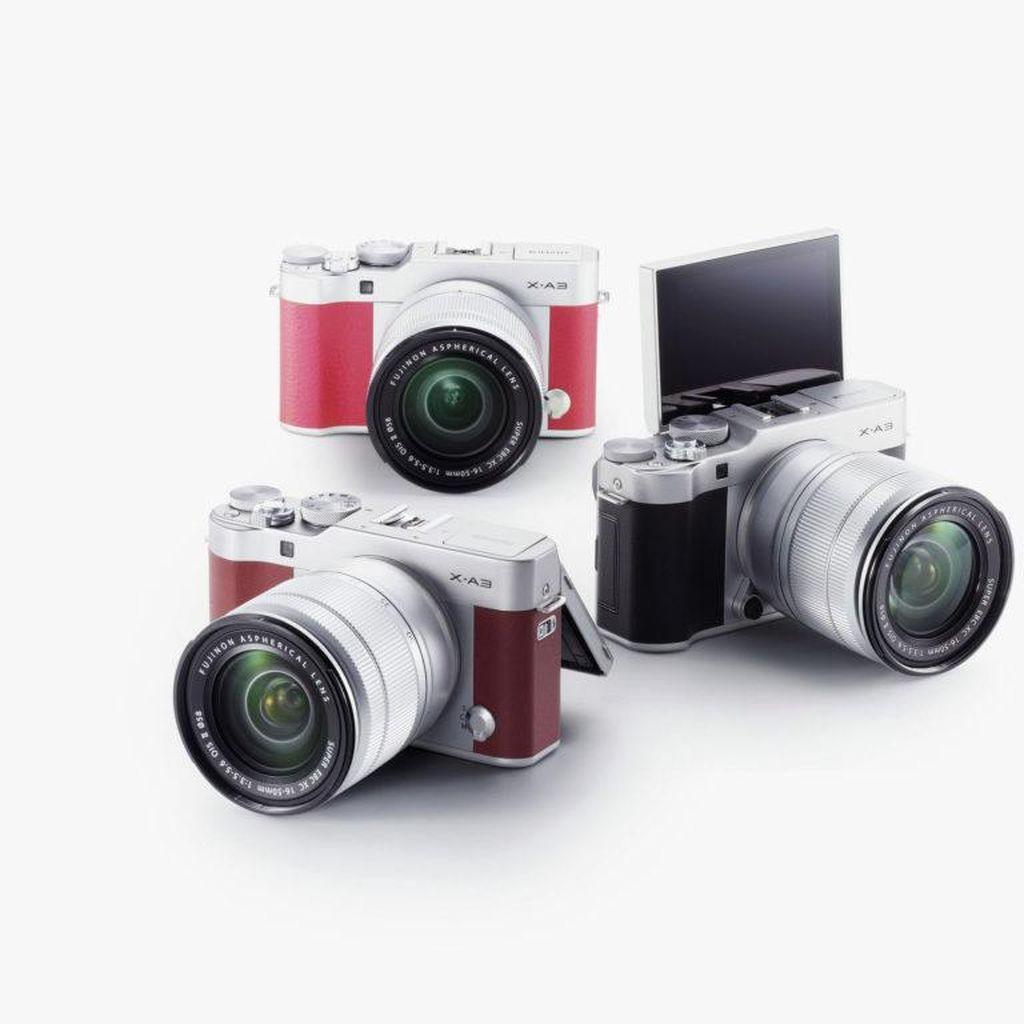 Mengapa Kamera Mirrorless Makin Besar Ukurannya?