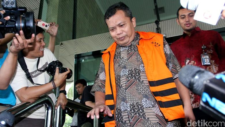 Skandal Suap, Panitera PN Jakpus Dituntut 7,5 Tahun Penjara