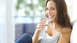 Konsumsi 5 Minuman Ini untuk Redakan Panas di Mulut Setelah Makan Pedas