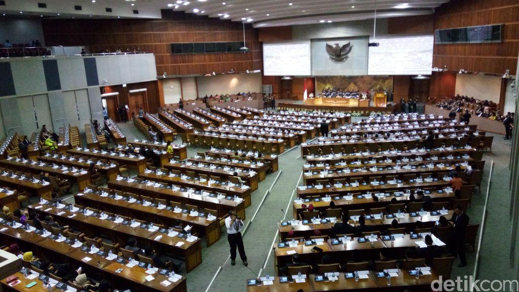 Target Pajak 2015 Kurang Rp 248,9 T, Ini Penjelasan Sri Mulyani