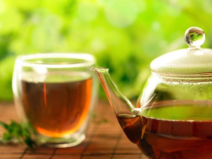 Studi sebut teh hitam bisa membantu menurunkan berat badan/Foto: iStock