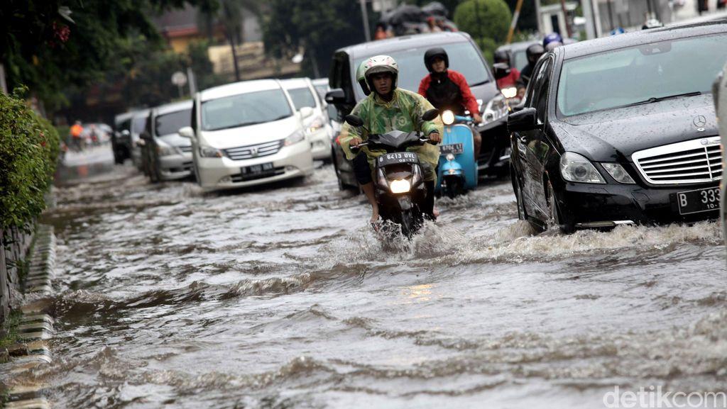 Tanggulangi Banjir, Kementerian PUPR Alokasikan Rp 4,3 T