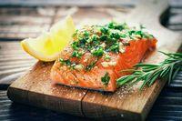 Ikan salmon mengandung tinggi omega 3.