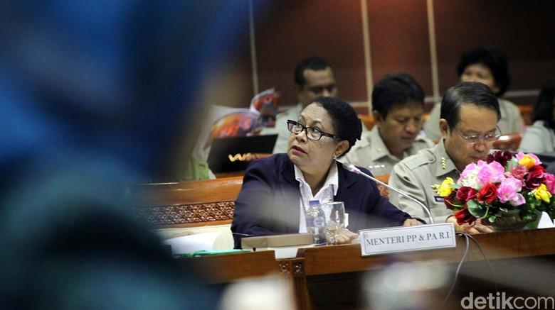 DPR akan Tanya Soal 2 Remaja Kebelet Nikah ke Menteri PPPA
