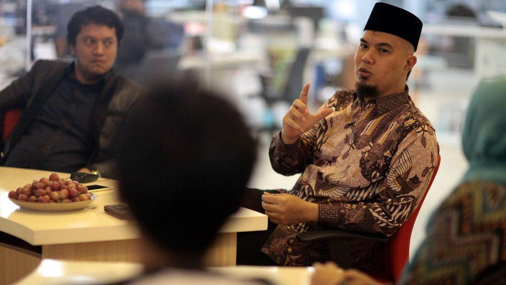 Ahmad Dhani Sebut Firza Husein Minta Sumbangan Mobil Komando