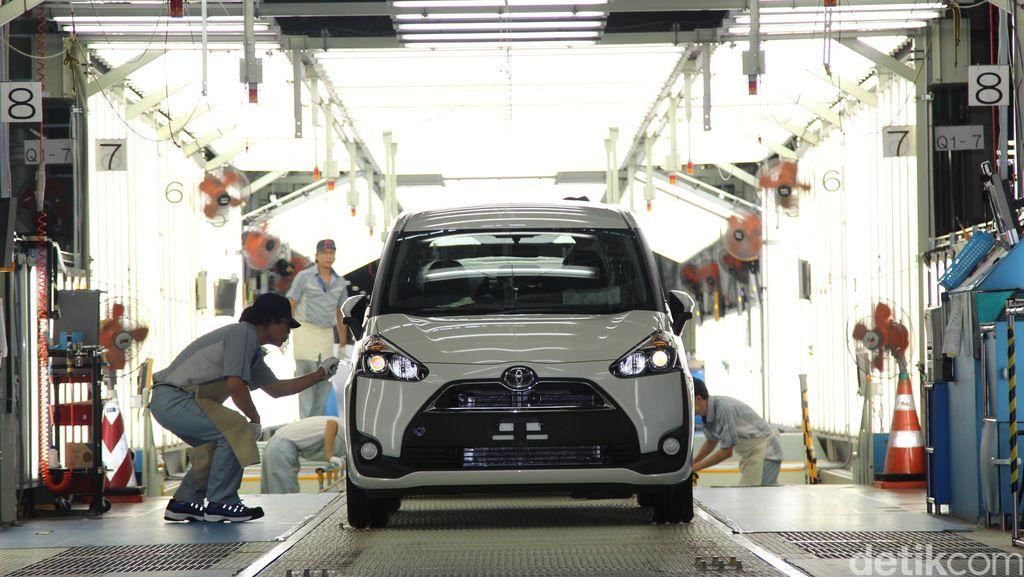 Toyota Ingin Jual 10,495 Juta Kendaraan Tahun Ini