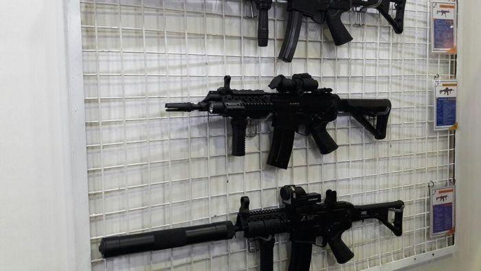 Senjata buatan Pindad (Foto: Eduardo Simorangkir)