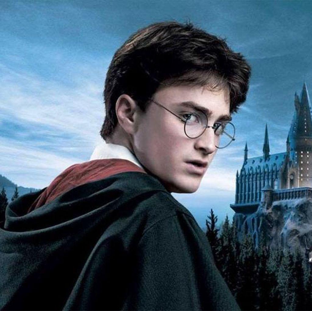 Penerbit Scholastic Umumkan Buku Harry Potter Edisi Ultah ke-20
