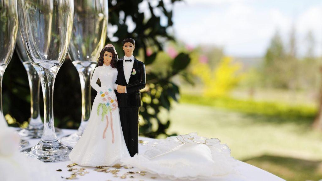 Kisah Zahra Antre Tiket 4 Jam Demi Datang ke Pernikahan Sahabat