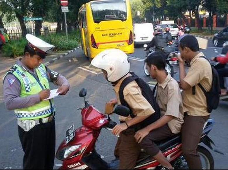 Ini Jurus Polisi Agar Anak di Bawah Umur Tidak Nyetir Kendaraan
