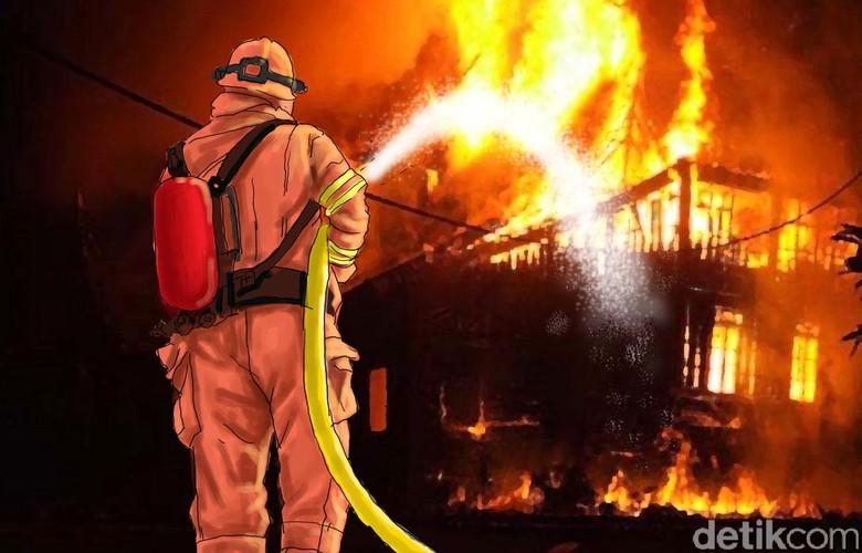 5 Gudang Barang Rongsokan di Surabaya Ludes Terbakar