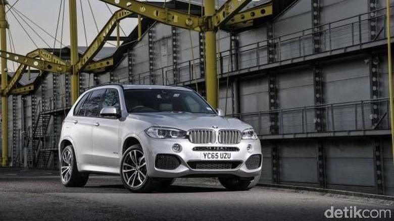 BMW Belum Berminat Boyong X5 Hybrid ke Indonesia