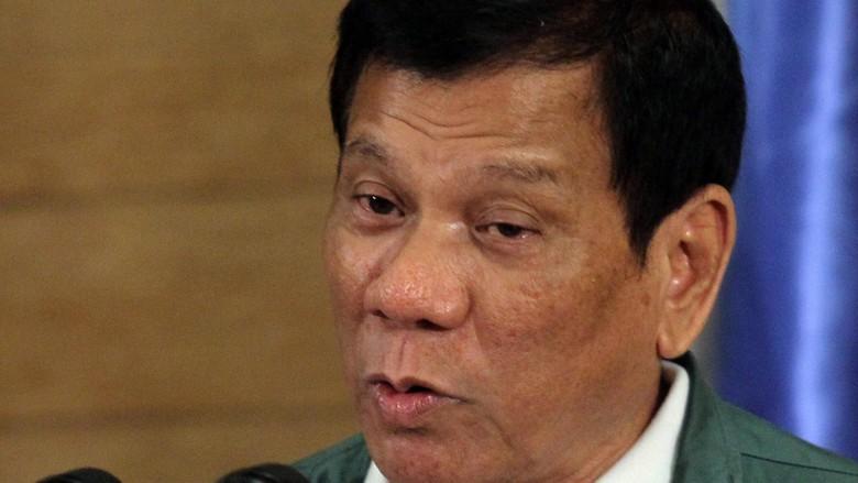 Kesal Dikritik, Duterte Sebut Anggota Parlemen Eropa Orang Gila