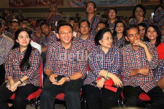 Kemeja Kotakkotak Jokowi Ahok dan Djarot