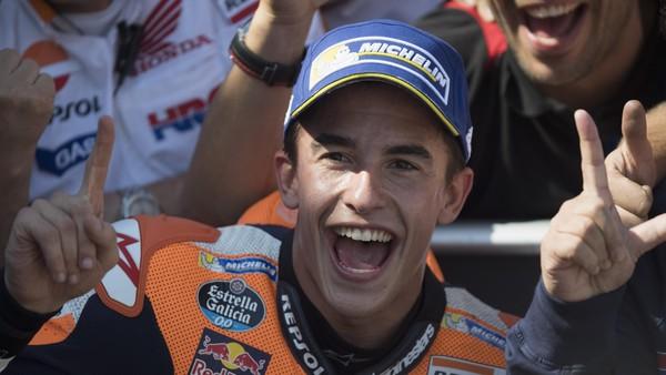 <i>Give Me Five!</i> Perayaan Juara Marquez di Motegi
