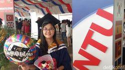Kini Bekerja di Singapura, Dewi Suryana Ingin Tolong Anak Senasib