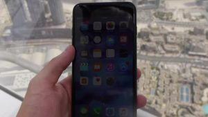 iPhone 7 Dijatuhkan dari Gedung Tertinggi di Dunia