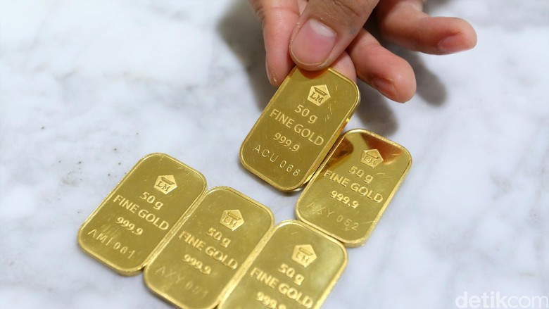 Harga Emas Antam Naik Rp 2.000