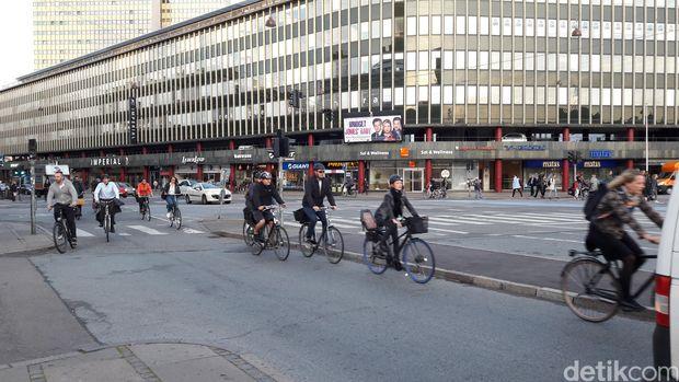 Cerita Warga Denmark yang Bahagia Bahkan Sejak Dalam Kandungan