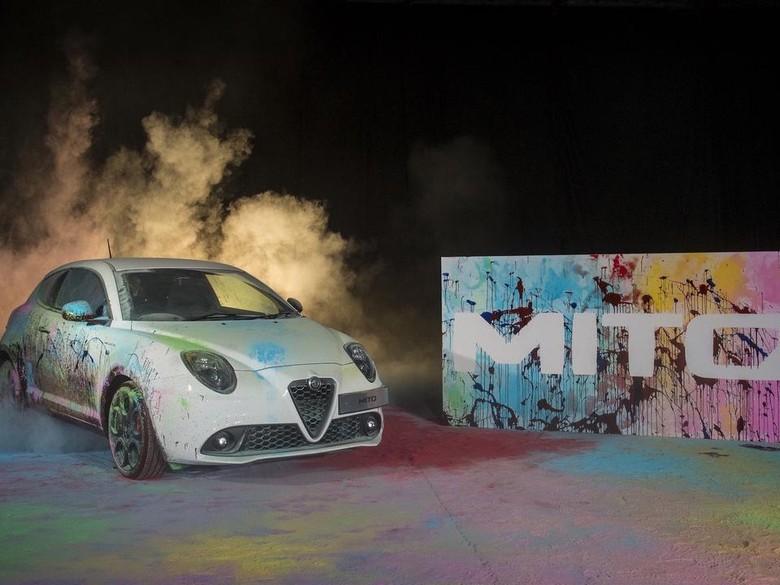 Seni Abstrak ala Alfa Romeo Mito