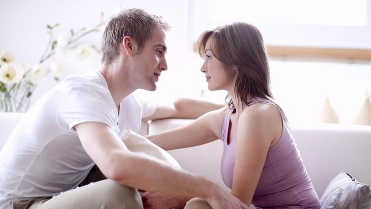 5 Bahasa Cinta yang Perlu Banget Diketahui Pasangan Suami Istri