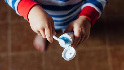 Anak di Bawah 7 Tahun Masih Perlu Didampingi Saat Gosok Gigi Lho