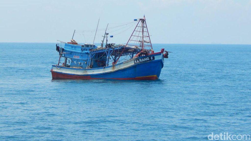 Kapal Patroli Sergap Kapal Ikan Asing dari Filipina dan Vietnam