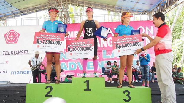 Antusiasme Peserta Triathlon Nusa Laut Adventure 2016