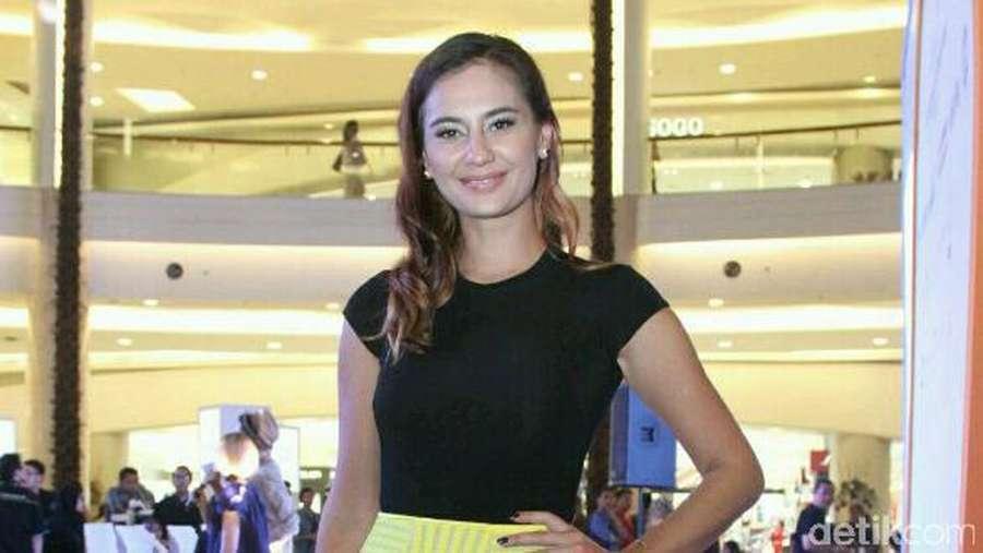 Marissa Nasution Kamu Ceria Banget!