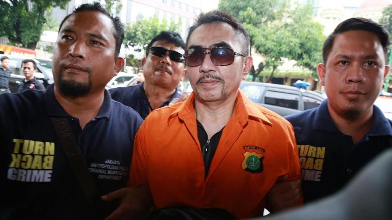 Polisi Limpahkan Berkas Kasus Senpi Gatot Brajamusti ke Kejati DKI