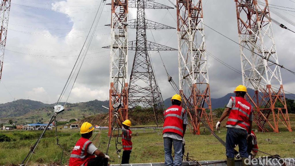 Jokowi Turunkan Target 35.000 MW, PLN: Kita Sedang Hitung