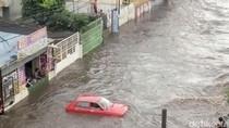 Mobil Merahnya Jadi Sorotan Karena Selamat, Pemilik: Ini Berkah Bencana Banjir